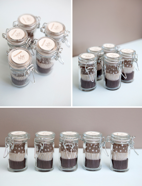 DIY chocolate tasting wedding favors