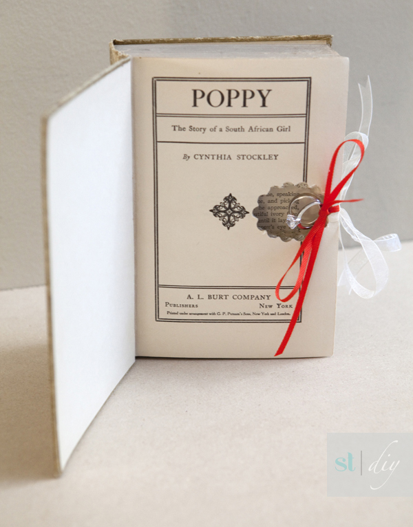 DIY wedding ring bearer book - Something Turquosie