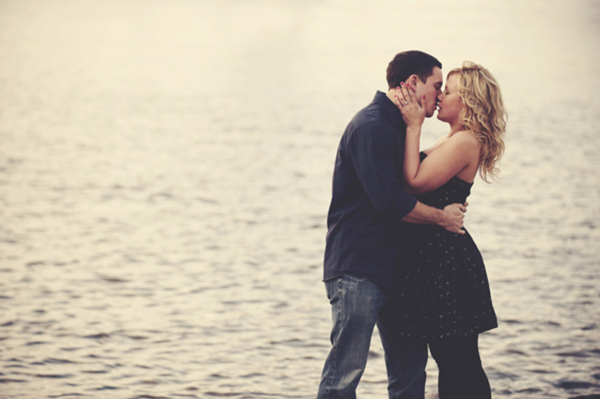 kiss by the water