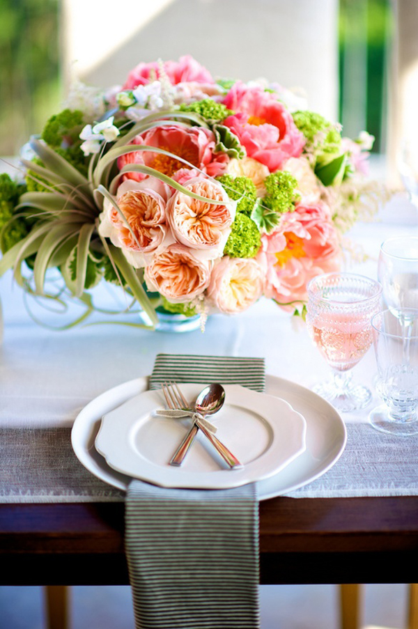 peach cabbage rose centerpiece