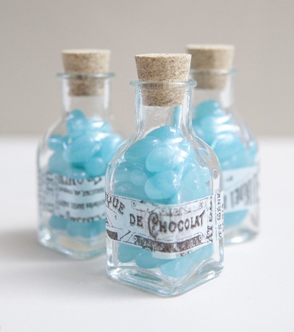 DIY turquoise jelly bean wedding favors