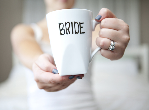 DIY bride and groom coffee mugs