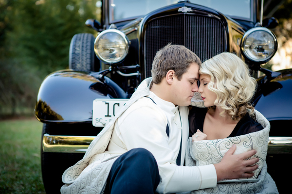 ST_Collette_Mruk_Photography_retro_engagement_10