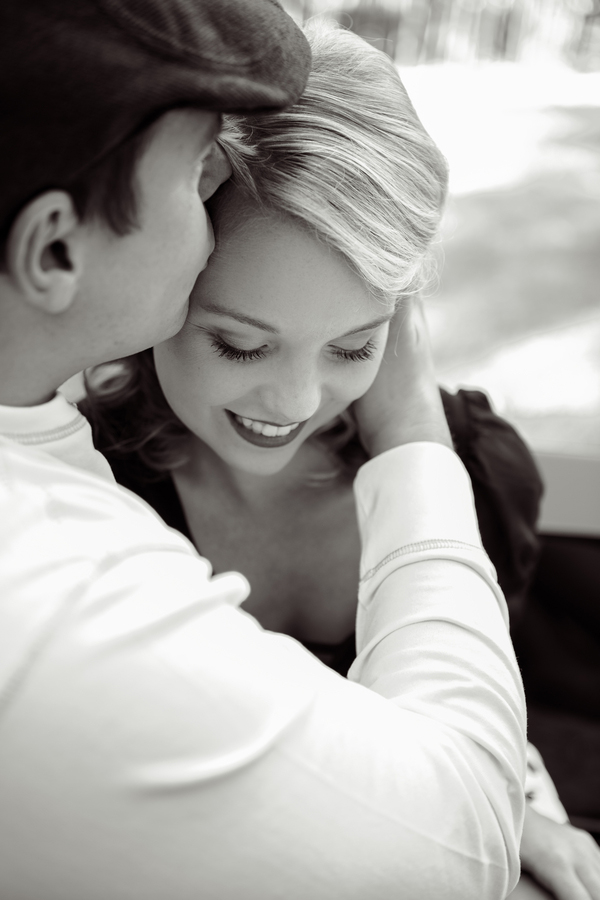 ST_Collette_Mruk_Photography_retro_engagement_9