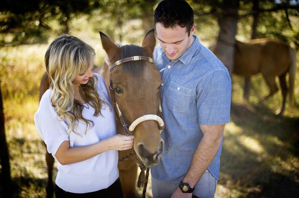 ST_Amanda_Lamb_Photography_horse_engagement_2