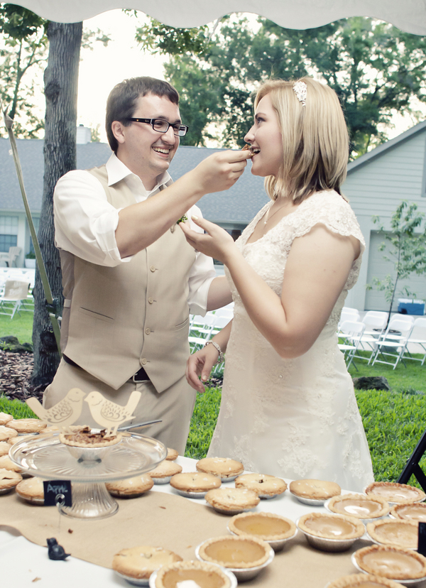 ST_Chic_Shot_Studio_diy_backyard_wedding_23