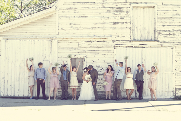 ST_Red_Bloom_Photography_rustic_wedding_12