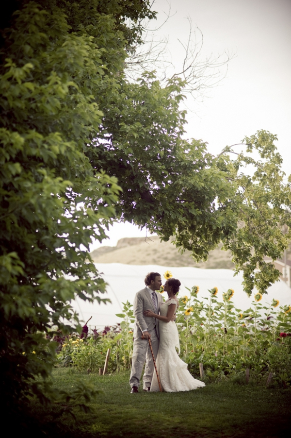 ST_Ashley_Davis_Photography_farm_wedding_0026.jpg