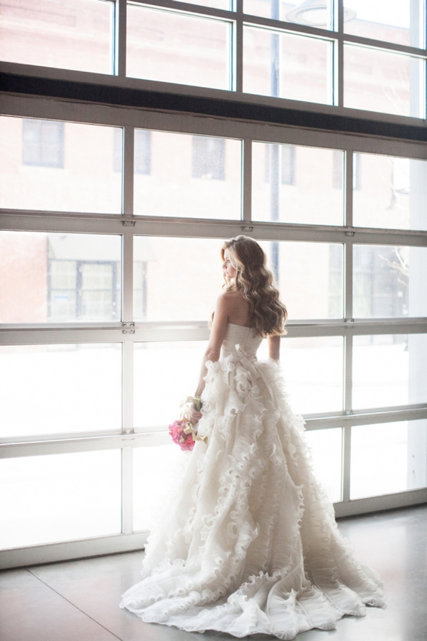 ST_Cassandra_Castaneda_Glam_wedding_inspiration_0005.jpg
