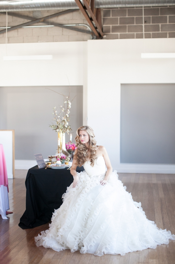 ST_Cassandra_Castaneda_Glam_wedding_inspiration_0014.jpg