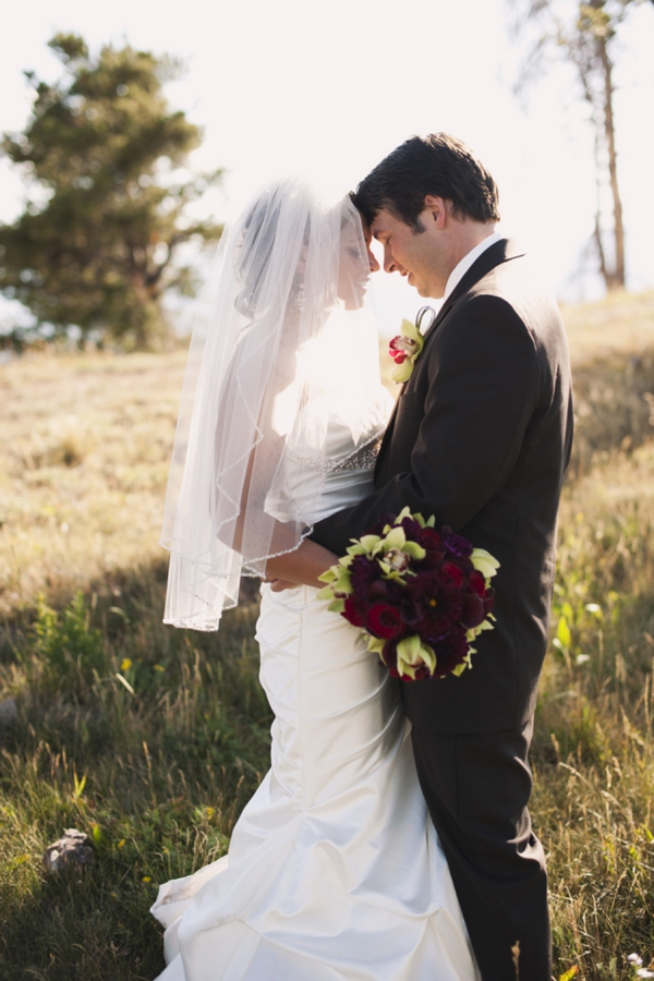 ST_Brinton_Studios_mountain_wedding_0015.jpg
