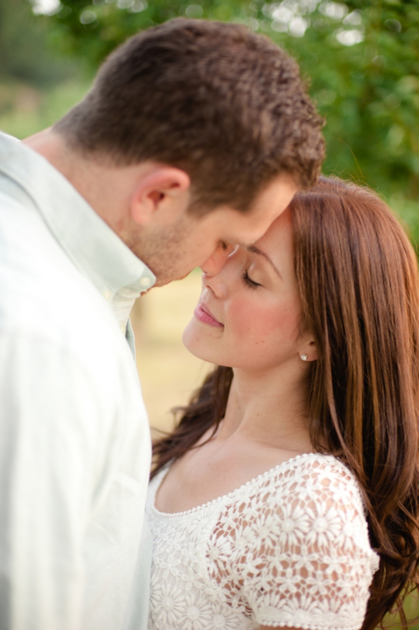 ST_Marcella_Treybig_Photography_orchard_engagement_0010.jpg