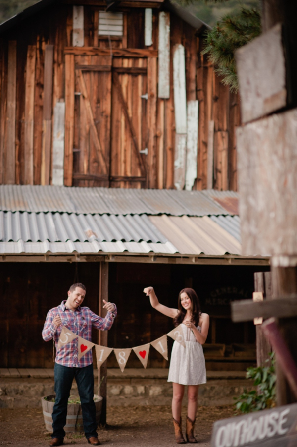 ST_Marcella_Treybig_Photography_orchard_engagement_0015.jpg