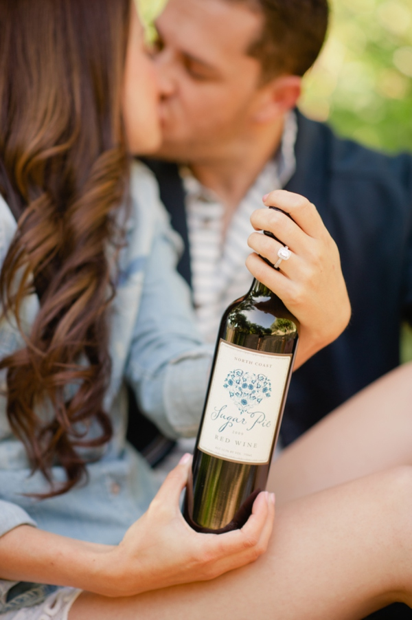 ST_Marcella_Treybig_Photography_orchard_engagement_0020.jpg