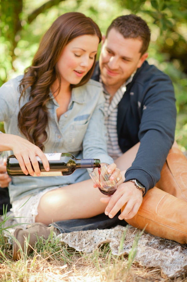 ST_Marcella_Treybig_Photography_orchard_engagement_0021.jpg
