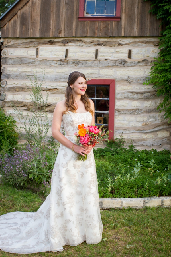 ST_Kelly_Miranda_Photography_vineyard_wedding_0004