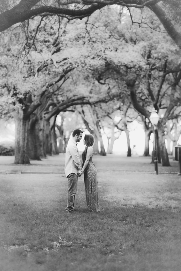 ST_LindseyK_Photography_outdoor_engagement_0014.jpg
