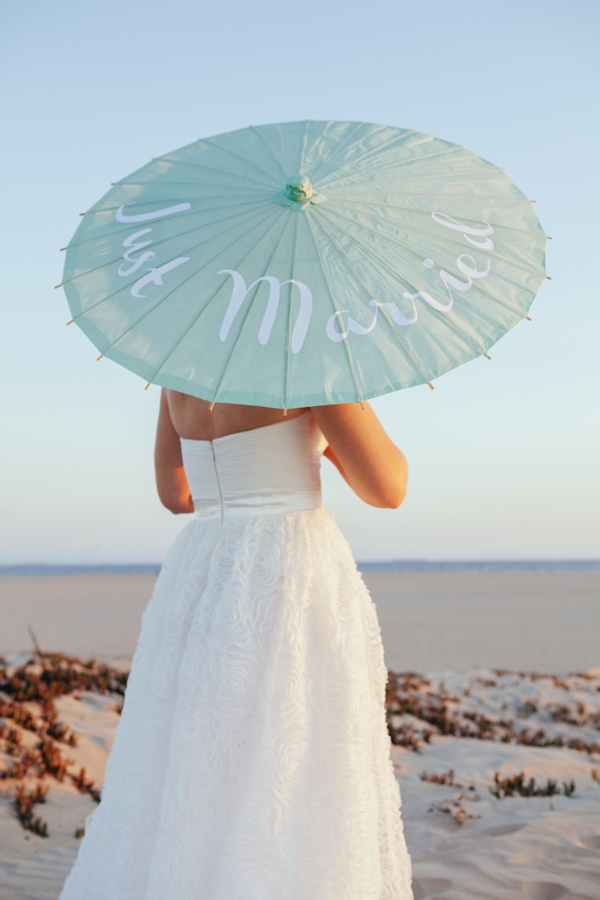How To Make Custom DIY Wedding Parasols
