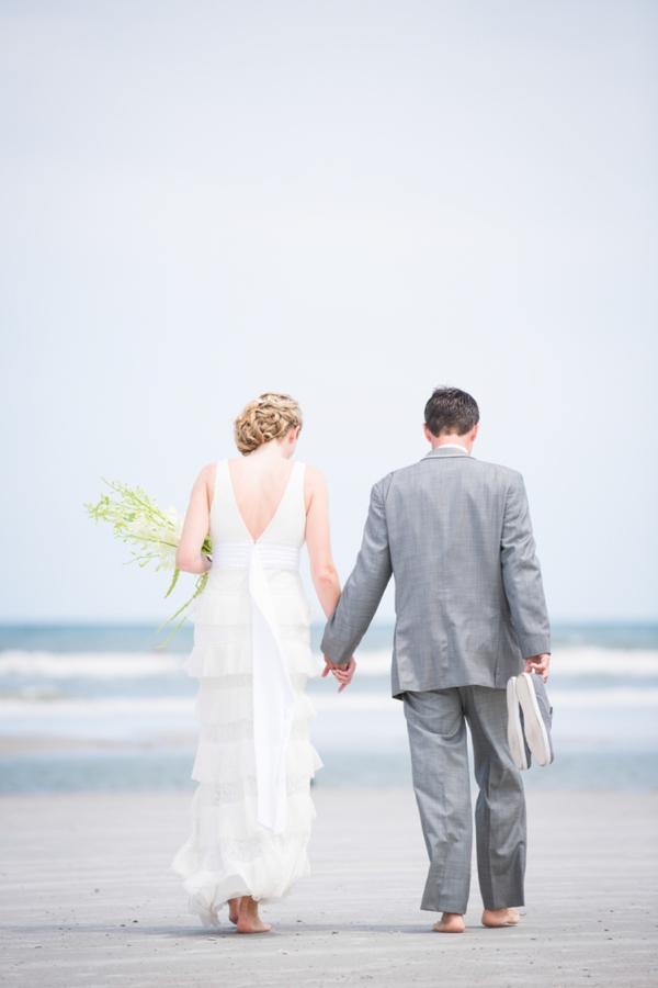 ST_Stephanie_W_Photography_beach_wedding_0011.jpg