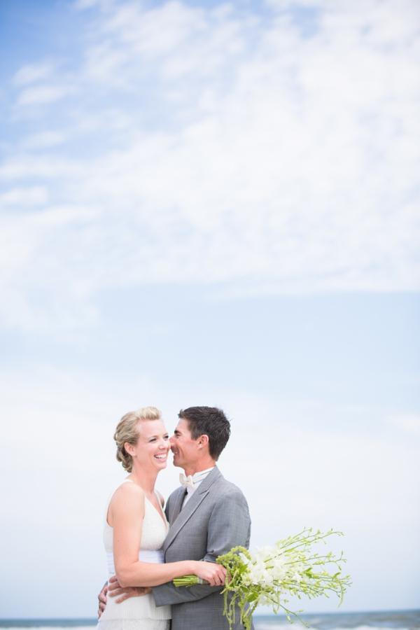 ST_Stephanie_W_Photography_beach_wedding_0012.jpg