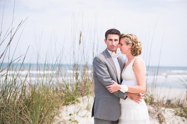 ST_Stephanie_W_Photography_beach_wedding_0014.jpg