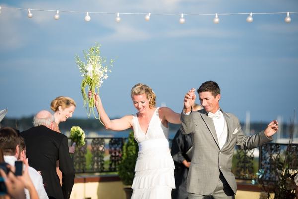 ST_Stephanie_W_Photography_beach_wedding_0020.jpg