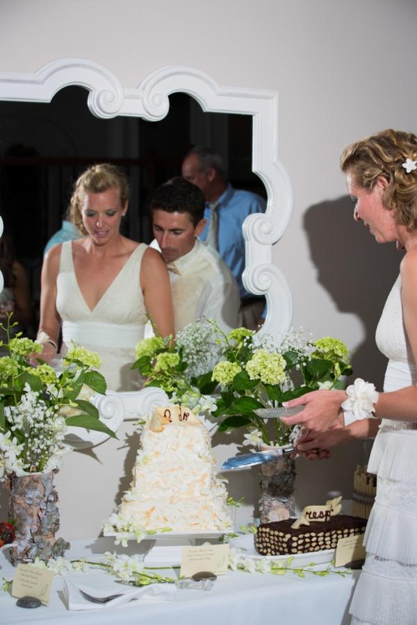 ST_Stephanie_W_Photography_beach_wedding_0035.jpg