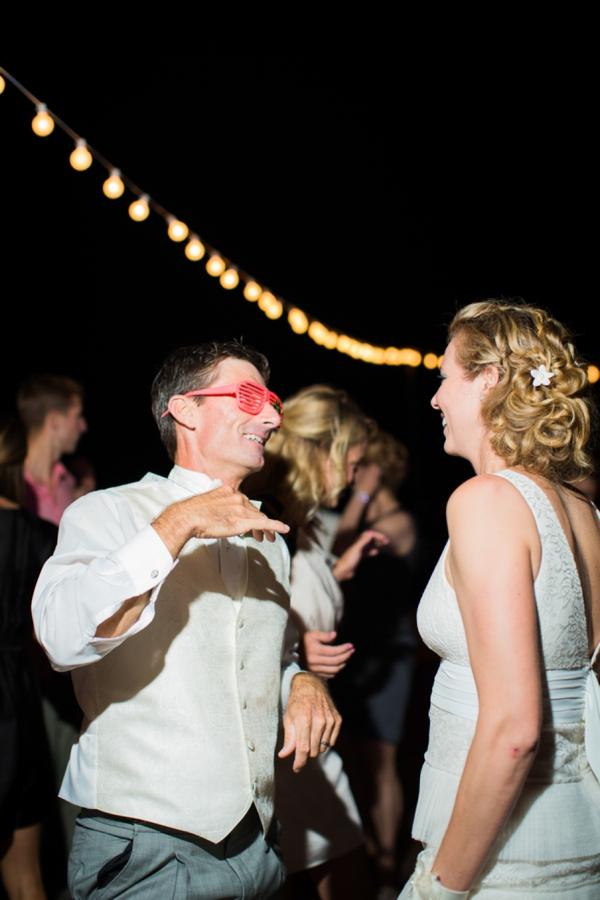 ST_Stephanie_W_Photography_beach_wedding_0037.jpg