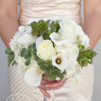 succulent-wedding-bouquet