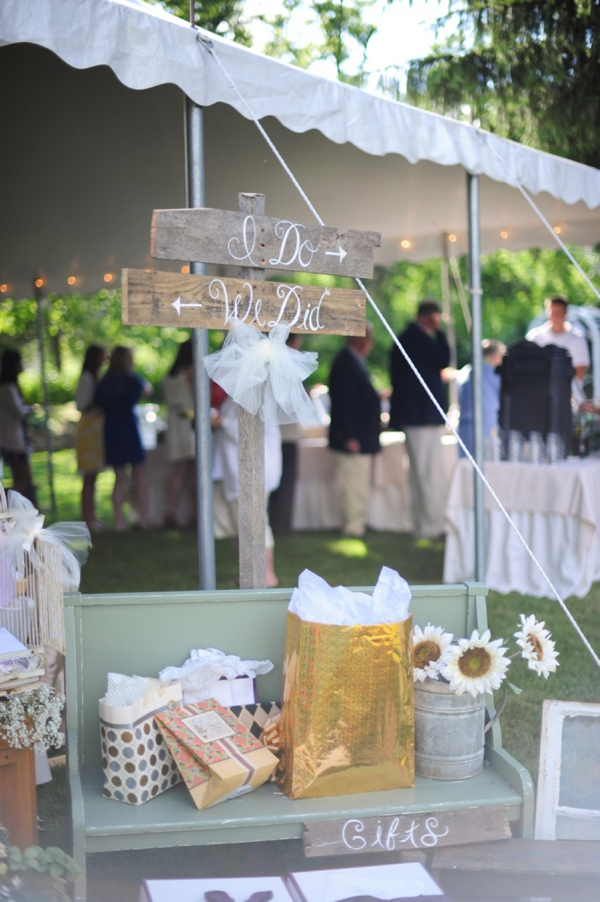 ST_Jillian_Tree_Photography_diy_wedding_0018.jpg
