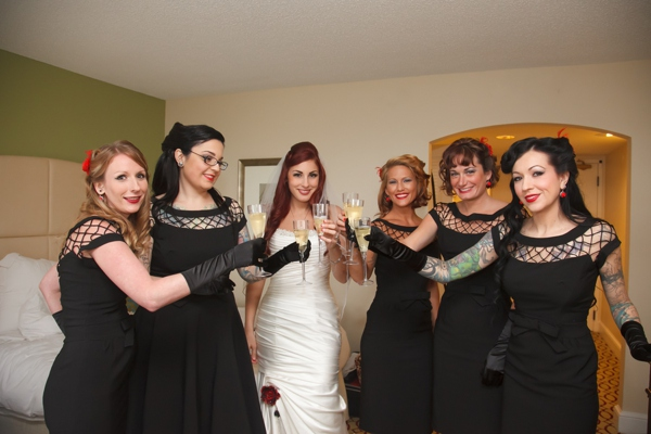 ST_Carrie_Wildes_Photography_halloween_wedding_0004.jpg