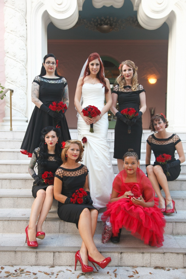 ST_Carrie_Wildes_Photography_halloween_wedding_0006.jpg