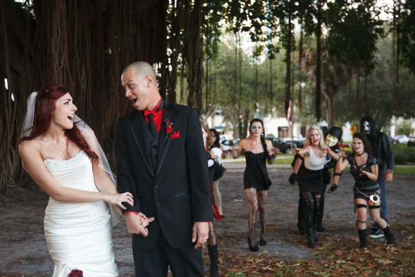 ST_Carrie_Wildes_Photography_halloween_wedding_0025.jpg