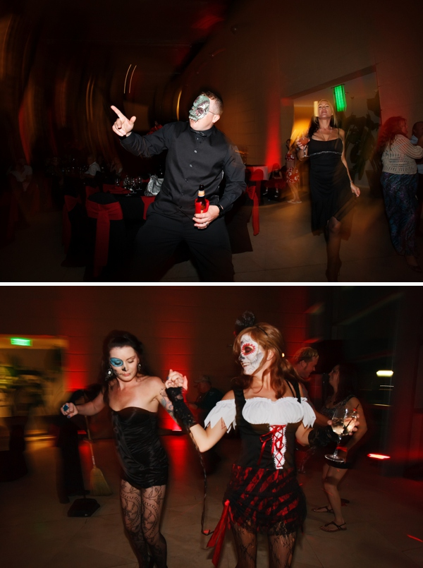 ST_Carrie_Wildes_Photography_halloween_wedding_0044.jpg