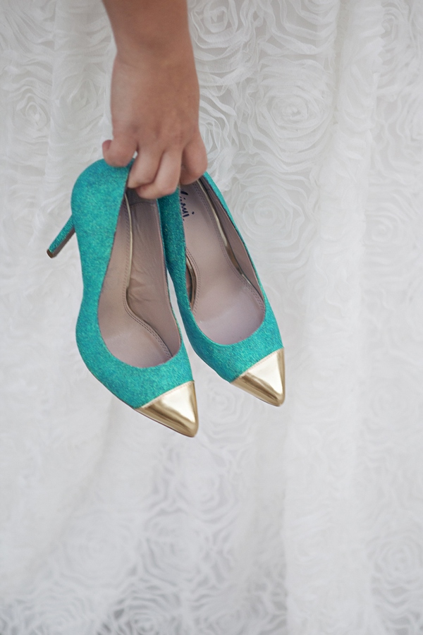 ST_DIY_glittered_statement_heels_0014.jpg