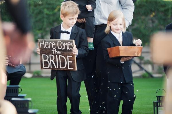ST_Ryan_Nicole_Photography_diy_wedding_0005.jpg