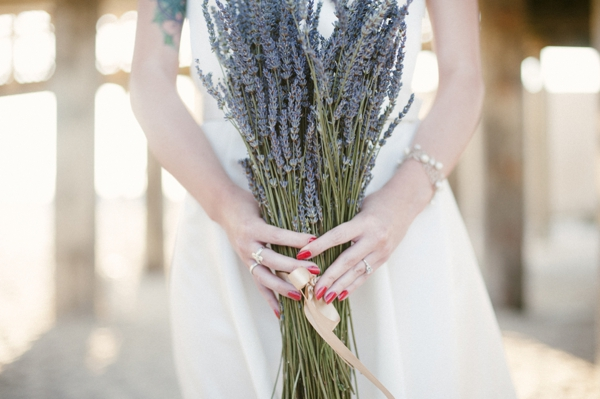 ST-lavender-and-light-bridal-portrait-inspiration-beach-romance_0005.jpg