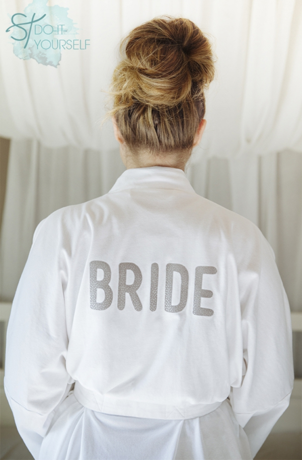 st diy iron on bride robe bridal party robes diy bride