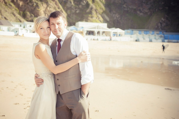 ST_uk-wedding-photography-charlene-morton-photography-beach-elopement_0019.jpg