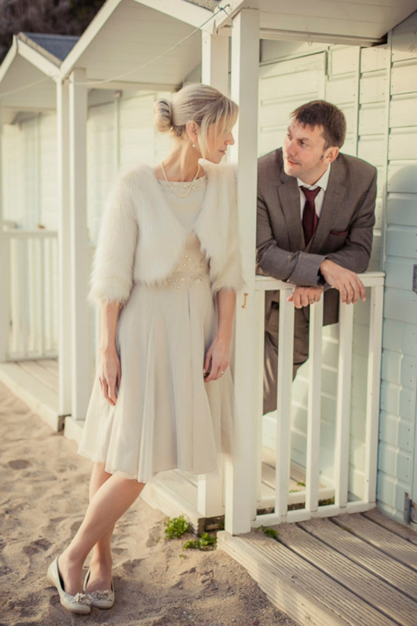ST_uk-wedding-photography-charlene-morton-photography-beach-elopement_0021.jpg