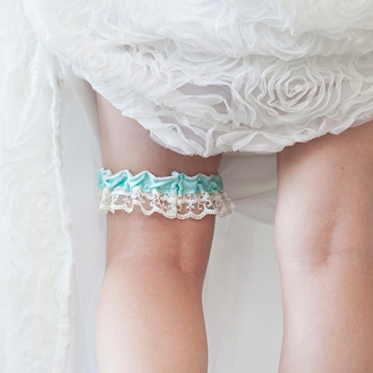 Easy tutorial on how to make a wedding garter must see solutioingenieria Images
