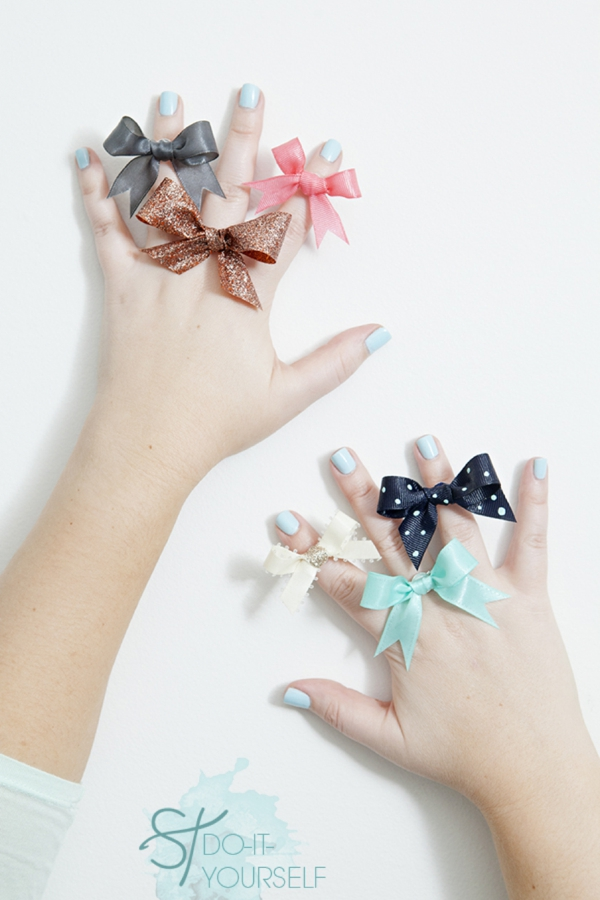 ST-DIY-stiff-ribbon-bow-ring-bridesmaid-gift_0001.jpg