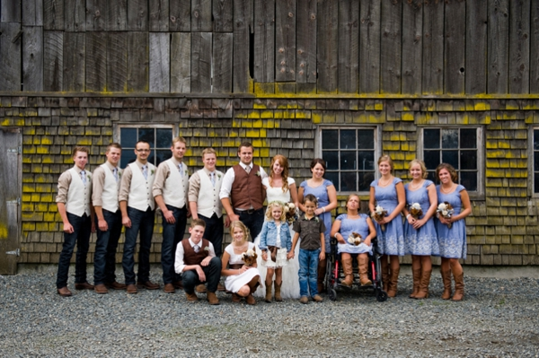 ST-Kristy-Klaassen_Photography-rustic-barn-wedding_0052.jpg