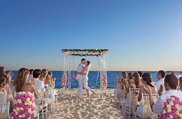 Plan your destination wedding at the new secrets puerto for Plan a destination wedding