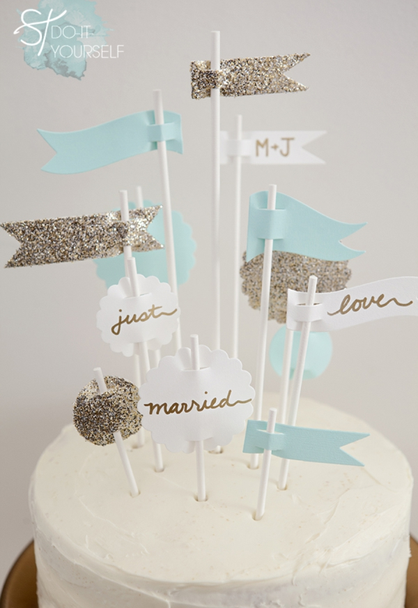 ST_DIY_Flag_Cake_Topper_Wedding_0001.jpg