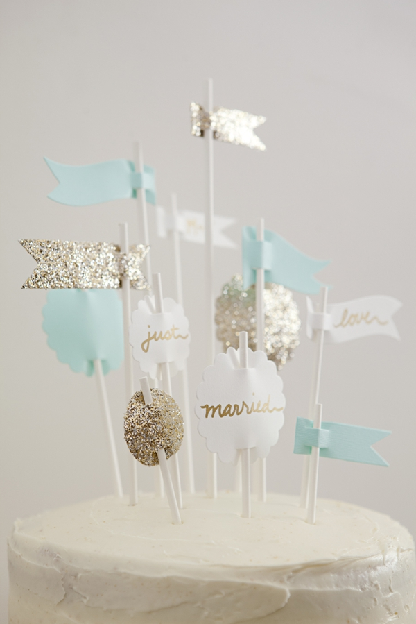 ST_DIY_Flag_Cake_Topper_Wedding_0010.jpg
