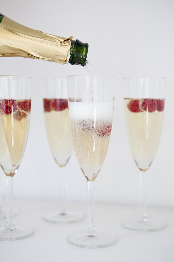 ST_Signature_Drink_recipe_raspberry_champange_cocktail_4