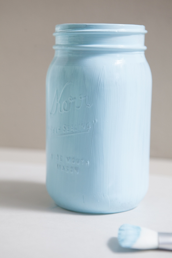SomethingTurquoise_12MonthsofMartha_distressed_chalkboard_mason_jars_0004.jpg