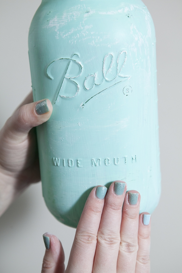 SomethingTurquoise_12MonthsofMartha_distressed_chalkboard_mason_jars_0015.jpg
