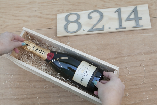 SomethingTurquoise_DIY_wedding_ceremony_wine_box_0032.jpg